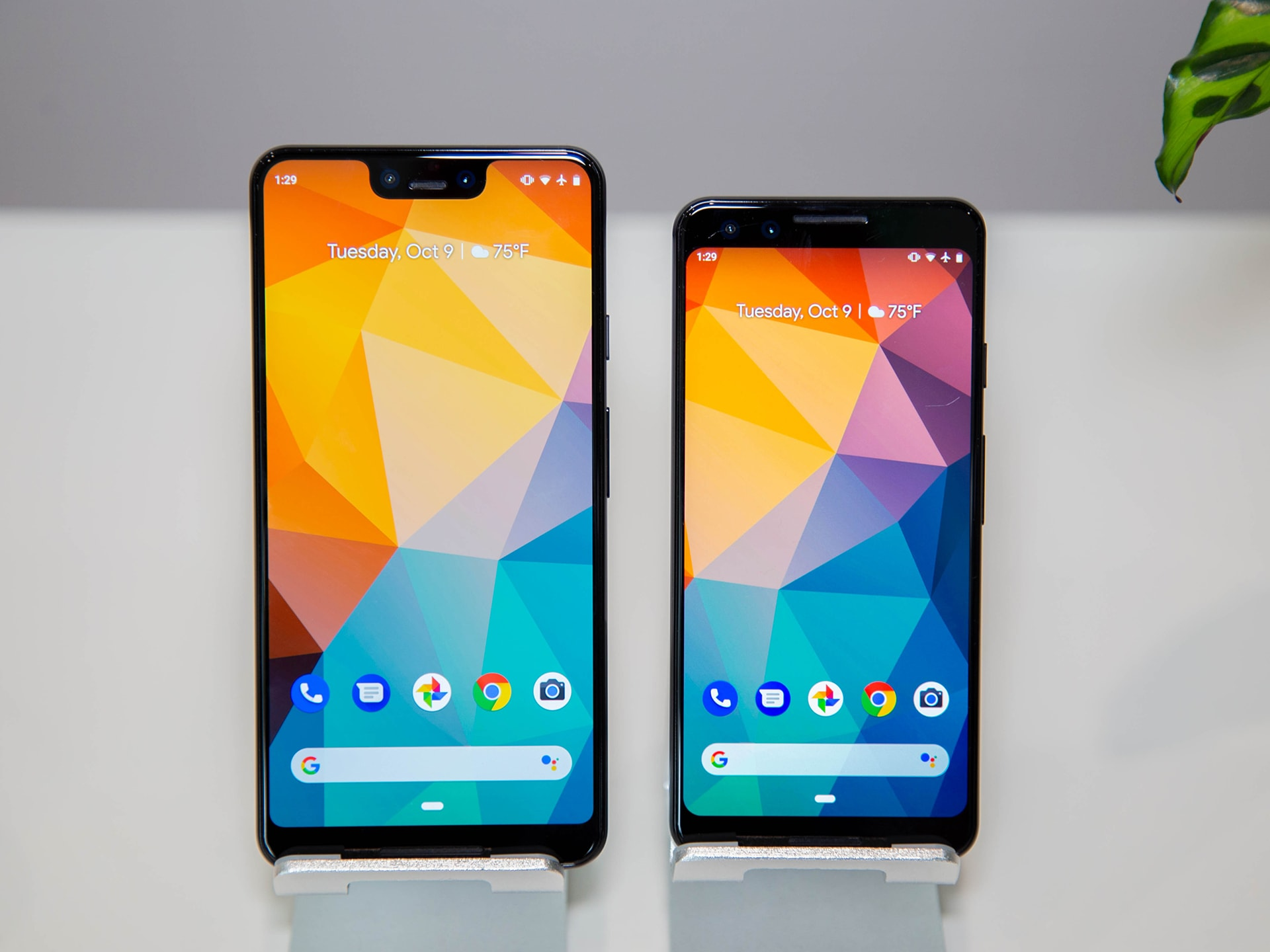 2. Google Pixel 3 and Pixel 3XL – The Runner-up of Our Best Smartphone Camera 2019 List