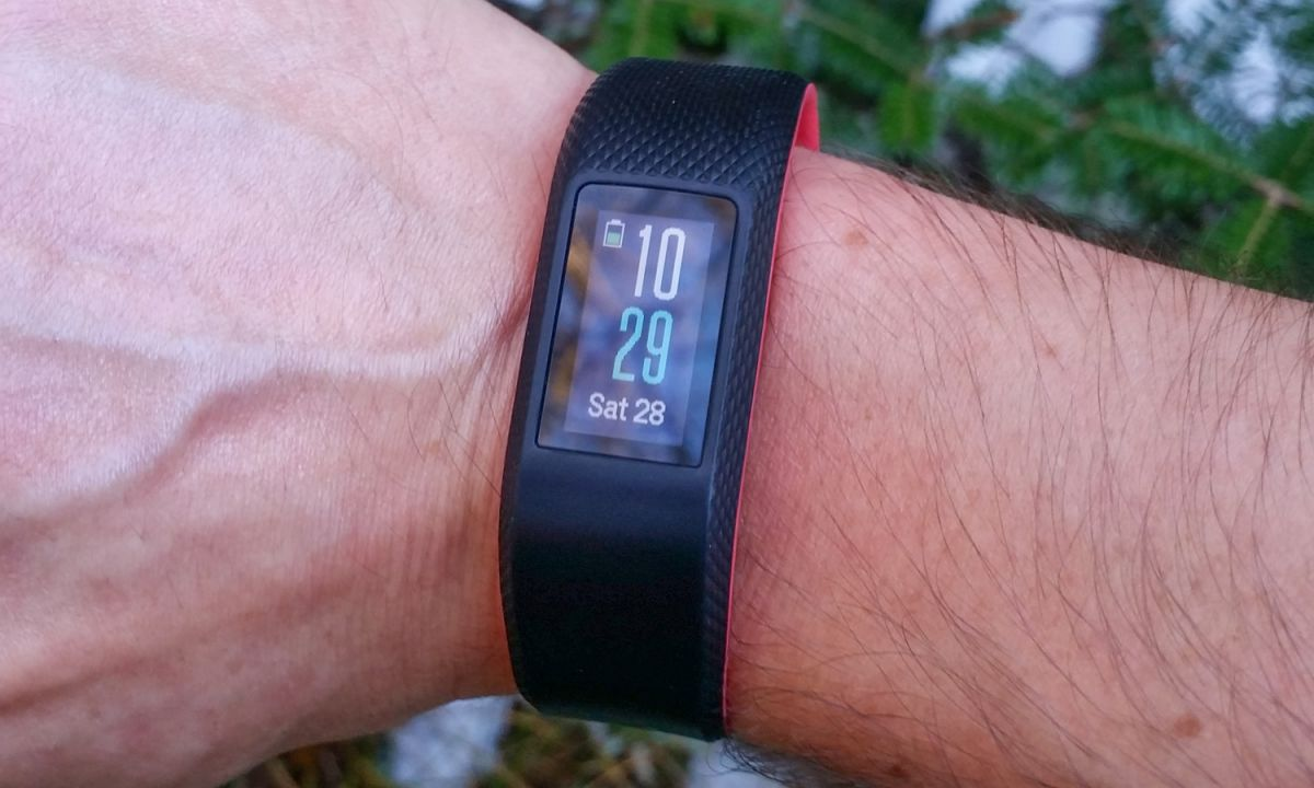 Garmin Vivosport – The Best Fitness Tracker in Terms of Features