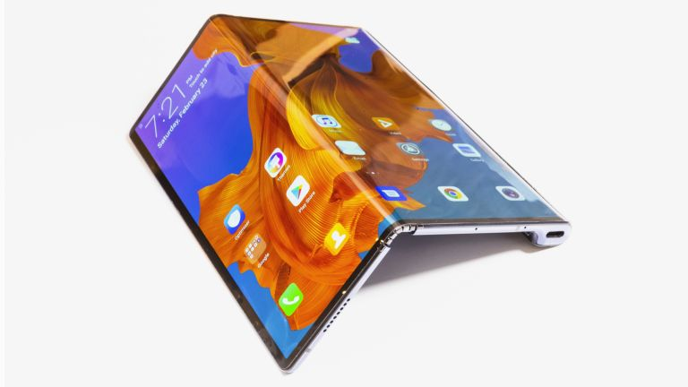 6. Huawei Mate Xs – A Game Changing Foldable Phone with a Sturdier Hinge